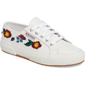 NWOB Superga 2750 Embroidered Women's Sneaker